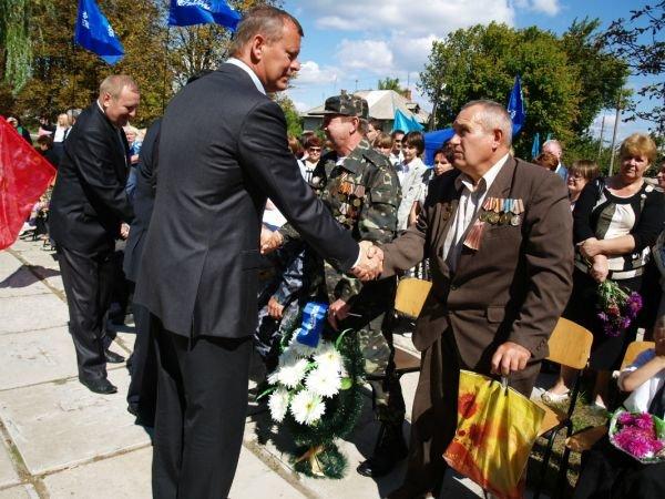 Сергей Клюев поблагодарил северских ветеранов-освободителей за совершенный подвиг, фото-2