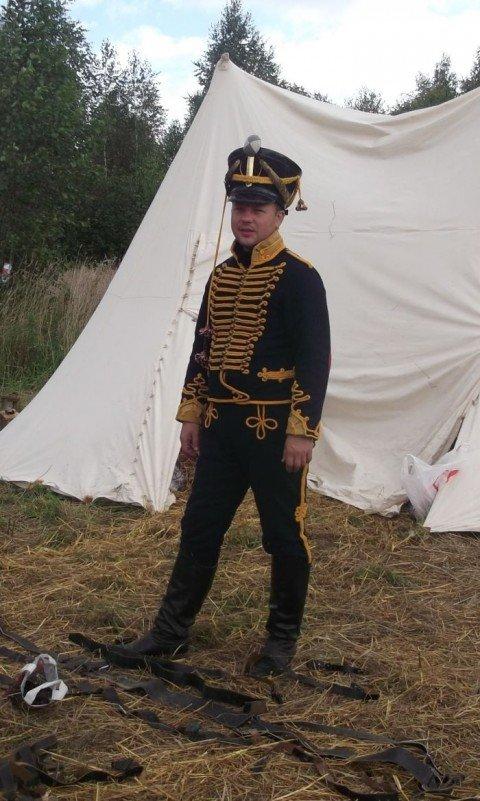 Гусарский мундир, сшитый в  Мариуполе, отправится на выставку в Святогорск, фото-1