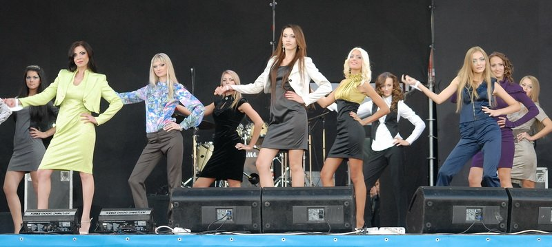 Мисс-Луганочкой-2012 стала профессиональная модель, работавшая в Москве и Греции (ФОТО), фото-3