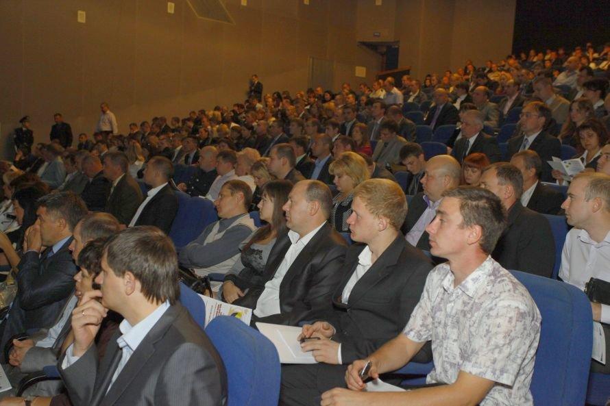 Днепропетровск_Актуальні питання впровадження нового Кримінально-процесуального кодексу обговорили науковці і практики_12_09 (4)
