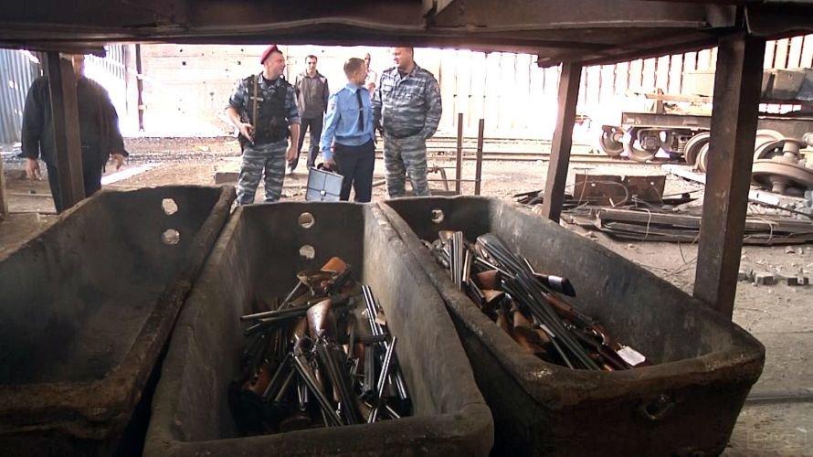 Днепропетровск_Перевтілення  вилученої  зброї_13.09 (3)