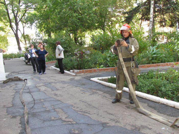 На проспекте Нахимова электрощитовая «закоптила» многоэтажку (ФОТО), фото-13