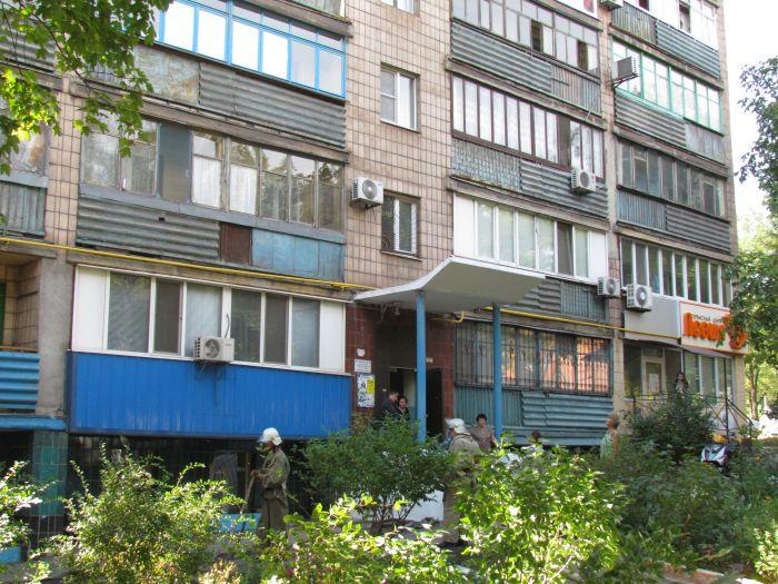 На проспекте Нахимова электрощитовая «закоптила» многоэтажку (ФОТО), фото-4