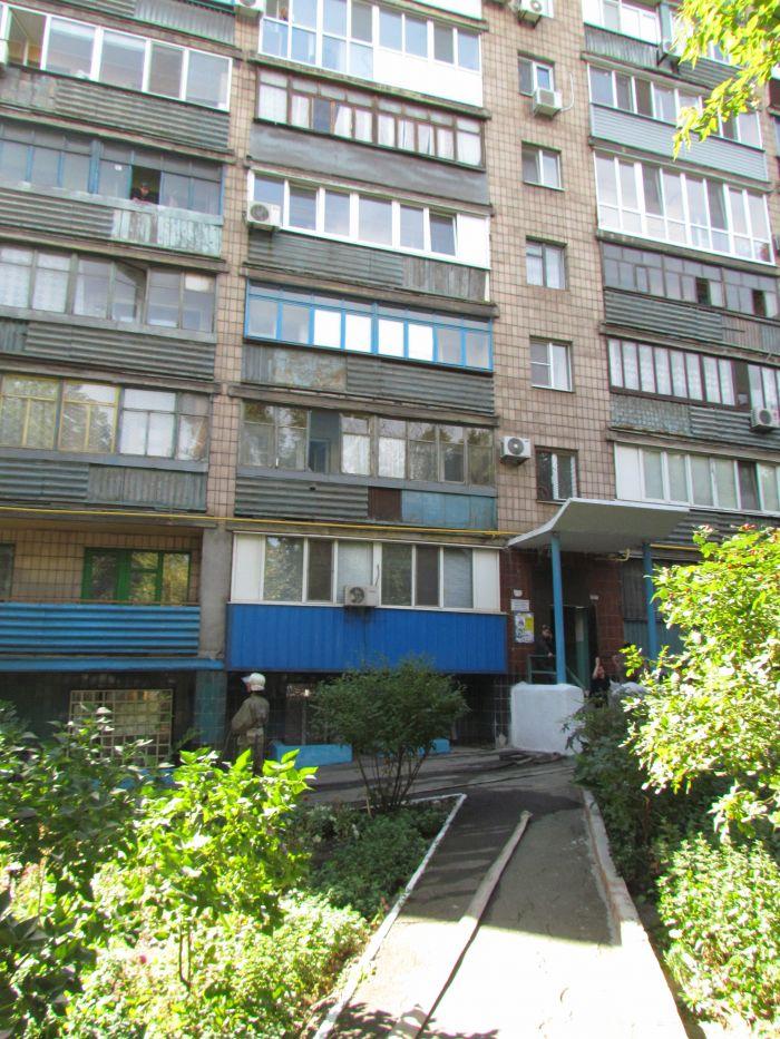 На проспекте Нахимова электрощитовая «закоптила» многоэтажку (ФОТО), фото-10
