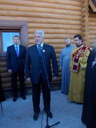Деревянный храм Иоанна Златоуста в Артемовске встретил первых прихожан, фото-2
