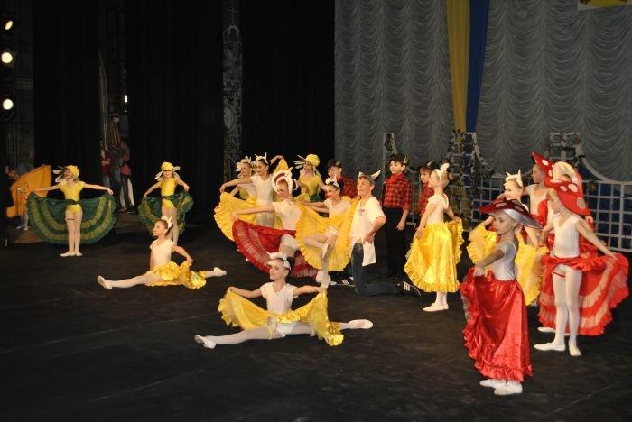 2. Отчетный концерт Ветерка.
