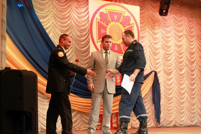 Мариупольские спасатели принимали поздравления, фото-5