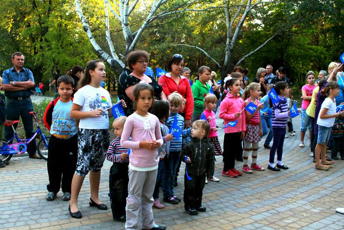 Праздник ко Дню города для мариупольских ребятишек, фото-1