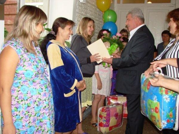 Артемовск погулял на славу: 5 пар молодоженов и 15 новорожденных, фото-5