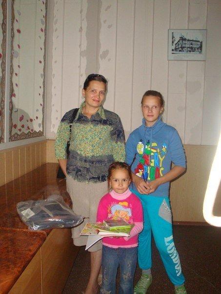 В Мариуполе многодетным семьям помогли собрать детей в школу (ФОТО) , фото-5