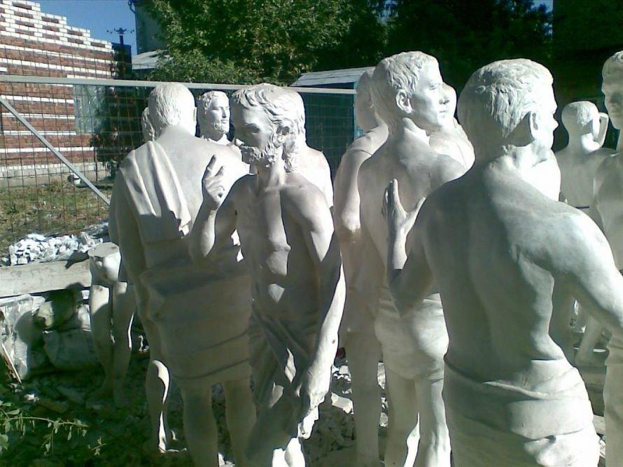 Скульптор Николай Шматько переехал из Луганска в Мукачево, фото-1