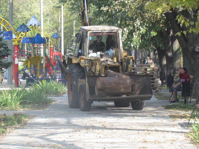 В Мариуполе откроют обновленный парк Победы (ФОТО), фото-2