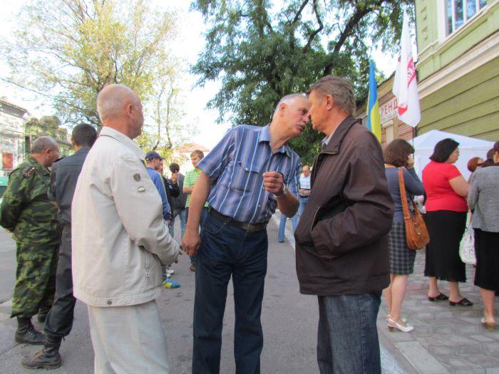 В Мариуполе оппозиционеры выбороли право участвовать в работе избирательных комиссий (ФОТО), фото-4