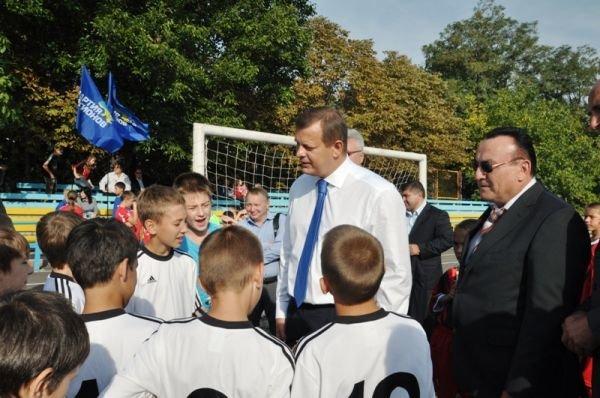 В Соледаре состоялся турнир по минифутболу, фото-2