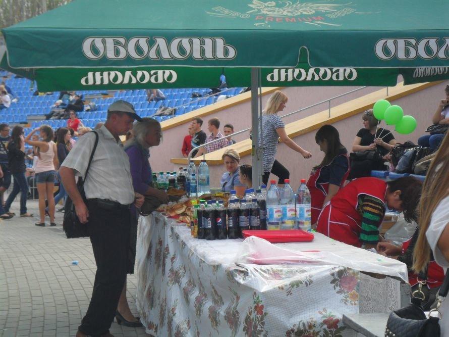 Николаевские студенты вместо занятий целый день танцевали, фото-3