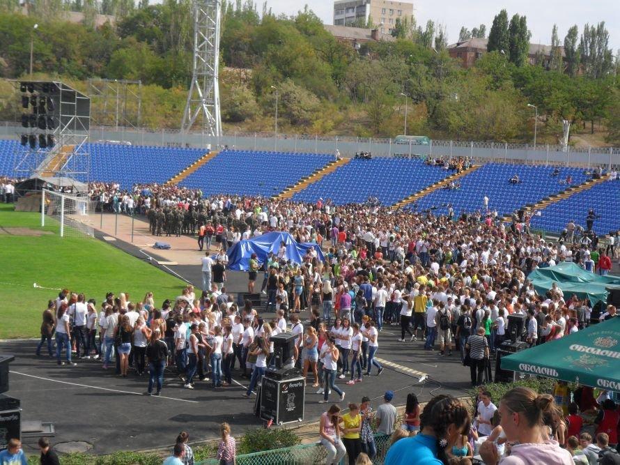 Николаевские студенты вместо занятий целый день танцевали, фото-2