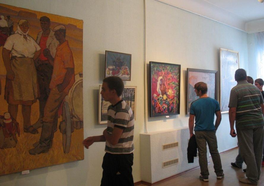 В Кировограде открылась выставка «Щедрая украинская земля» (фото) - фото 2