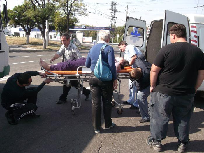 В Мариуполе «Форд» на пешеходном переходе сбил женщину (ФОТО), фото-6