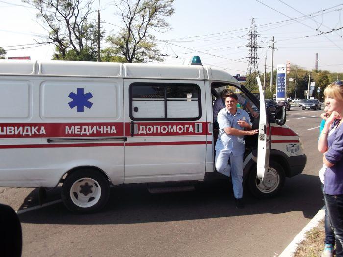 В Мариуполе «Форд» на пешеходном переходе сбил женщину (ФОТО), фото-4