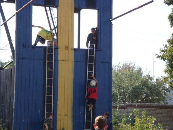 Артемовские школьники выносили пострадавших из зоны химического заражения, фото-1