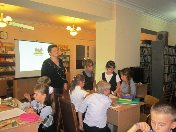 Маленькие мариупольцы благодаря библиотекарям учились писать стихи , фото-1