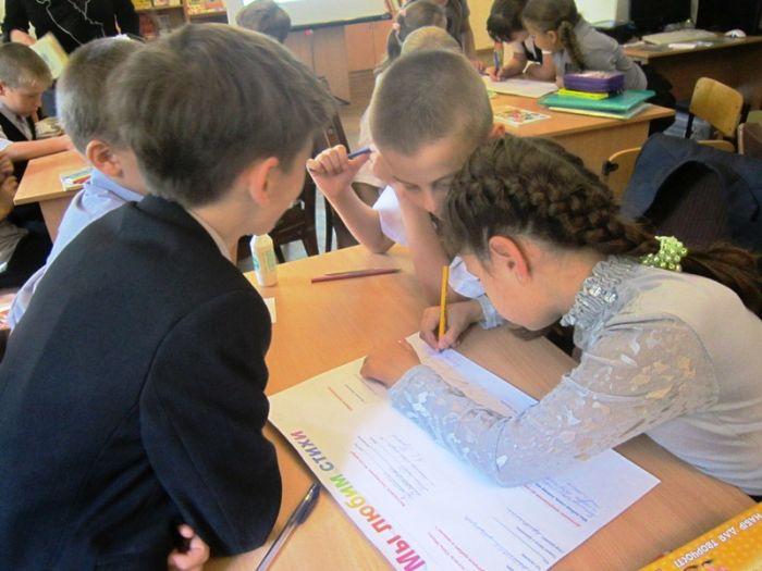 Маленькие мариупольцы благодаря библиотекарям учились писать стихи , фото-2