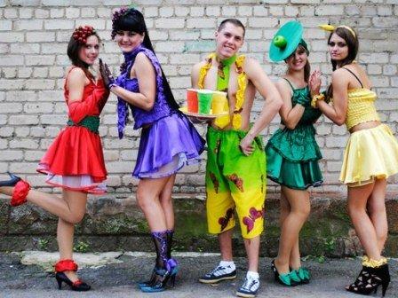 Фешн по-горловски: наши модели покорили фестиваль искусства «Краски осени» (фото) - фото 1