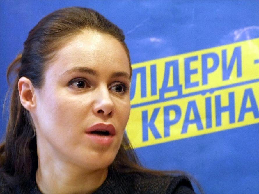 Королевская заявила в Донецке, что она была только свидетелем ДТП, и объяснила, почему не приехал Шевченко, фото-3