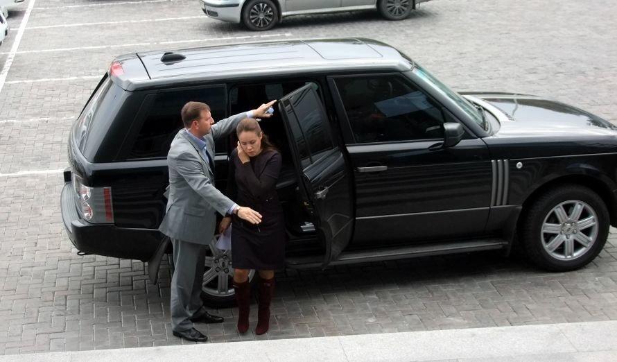 Королевская заявила в Донецке, что она была только свидетелем ДТП, и объяснила, почему не приехал Шевченко, фото-1