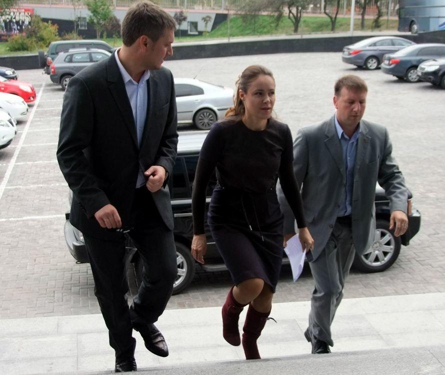 Королевская заявила в Донецке, что она была только свидетелем ДТП, и объяснила, почему не приехал Шевченко, фото-2