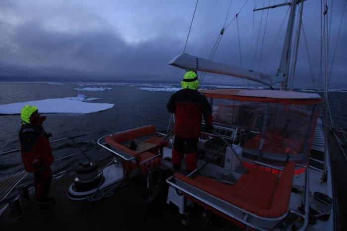 Штормовой ветер в Арктике не дает мариупольским яхтсменам завершить вторую кругосветку (ФОТО), фото-15