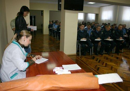 Мариупольских милиционеров учили лечить ушибы и переломы (ФОТО), фото-3