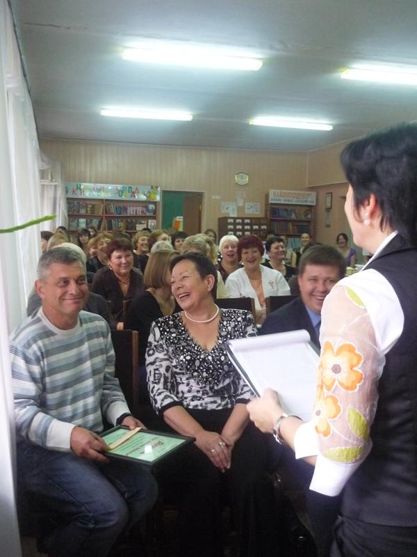 В Мариуполе наградили библиотечную легенду (ФОТО), фото-4