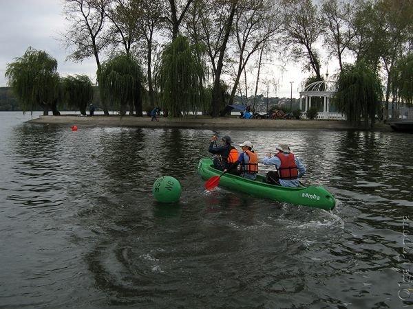 Canoeing2012093005