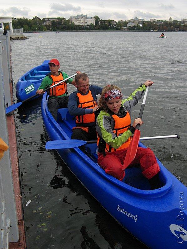Canoeing2012093006