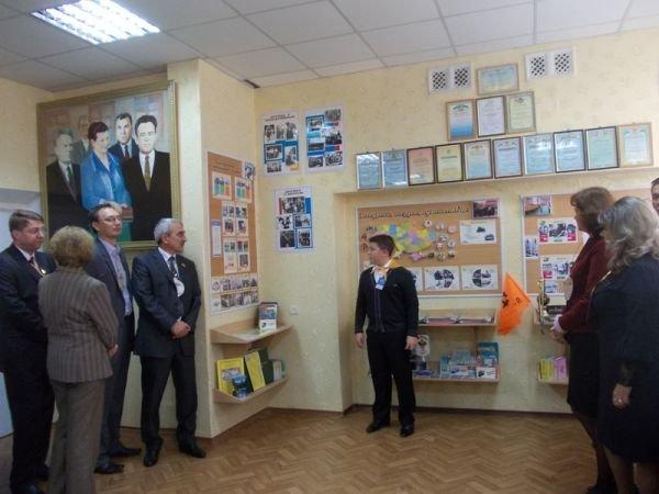 В артемовской школе №24 отметили юбилей и открыли музей, фото-5