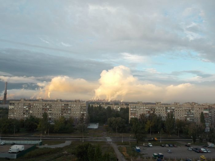 Фото дым Азовсталь 1