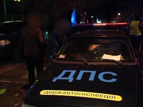 Пока ты спал. В Мариуполе молодой парень угнал автомобиль своего гостя (ФОТО), фото-2