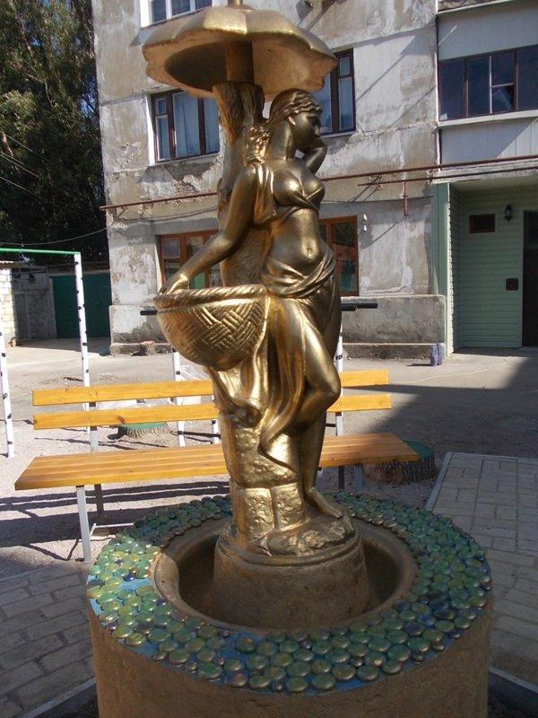 В одном из артемовских дворов появился фонтан, фото-5