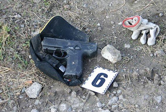 В Министерстве МВД думают, как наградить смелого мариупольского милиционера  (ФОТО), фото-3