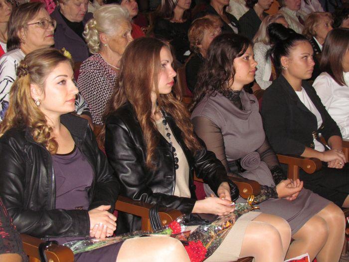 В Мариуполе чествовали педагогов (Фоторепортаж) , фото-6