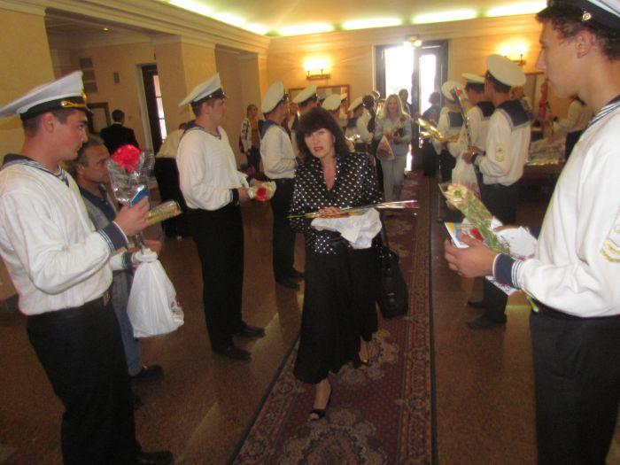В Мариуполе чествовали педагогов (Фоторепортаж) , фото-2