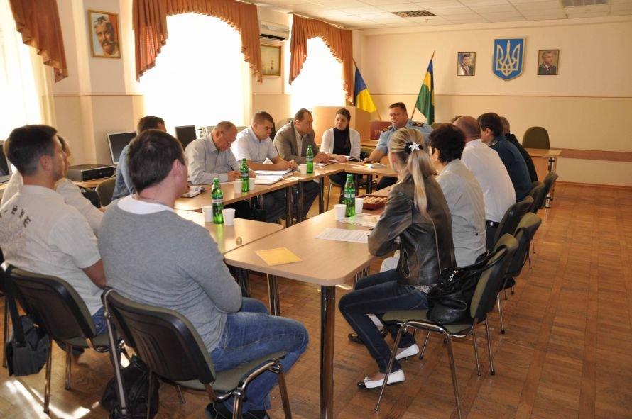 Днепропетровские таможенники хотят загнать декларации в компьютер (ФОТО), фото-2