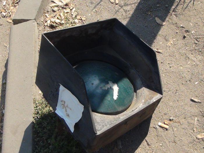В центре Мариуполя фура разнесла светофор (ФОТО), фото-1