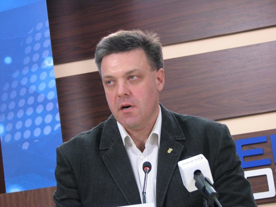 В Днепропетровске Олег Тягнибок снизил рейтинг Партии регионов до 15 процентов! (ФОТО), фото-2