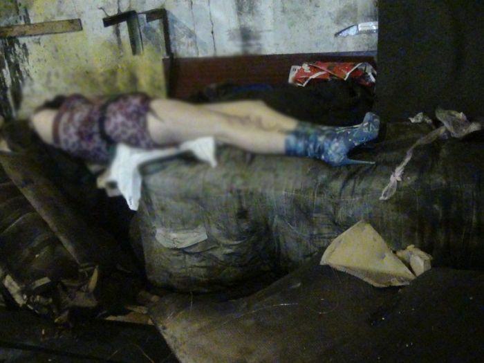 Трагедия в Мариуполе. «Волга» прямо в гараже насмерть сбила девушку и серьезно травмировала парня (Дополнено+ФОТО), фото-6