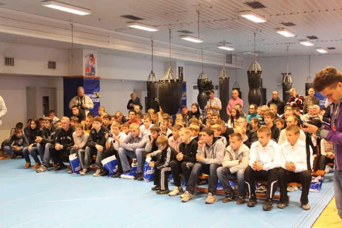 Мариуполь посетила олимпийская сборная Украины по боксу, фото-3
