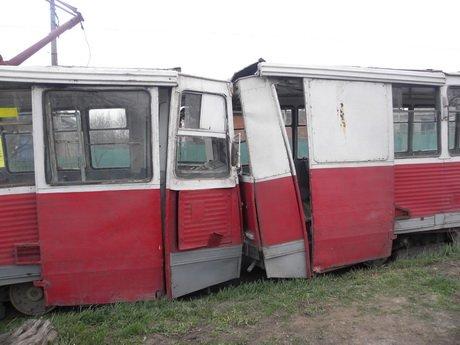 В Мариуполе столкнулись два трамвая (ФОТО), фото-1