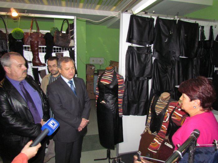 Городской голова на выставке-ярмарке заманивал иногородних товаропроизводителей в Мариуполь  (ФОТО), фото-2