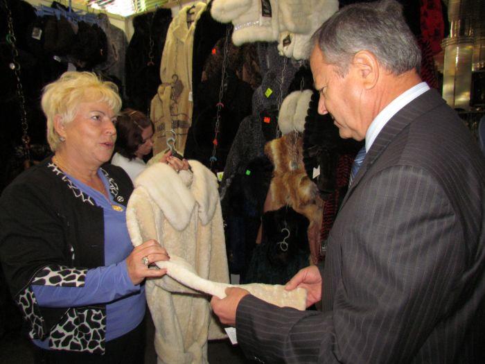 Городской голова на выставке-ярмарке заманивал иногородних товаропроизводителей в Мариуполь  (ФОТО), фото-3